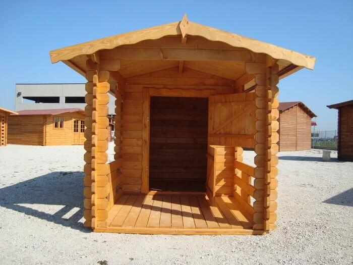 Cuccia grande in legno